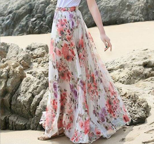 maxi-patterned-skirt-beach-outfit